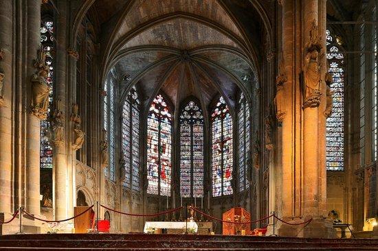 Église Saint-Nazaire : Basilique Saint Nazaire