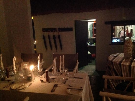 Chapungu Luxury Tented Camp: Dinner Inside the Lodge