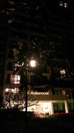 Oakwood Residence Garden Towers Bangna Bangkok