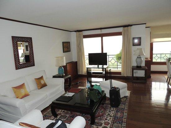 Saigon Domaine Luxury Residences: Level 9 - 2 bed apartment