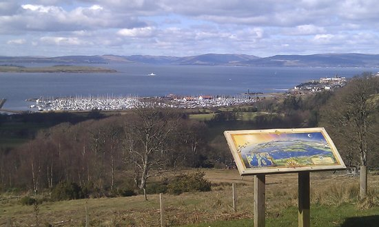 Northend Guest House : Kelburn Castle viewpoint over to Largs Marina