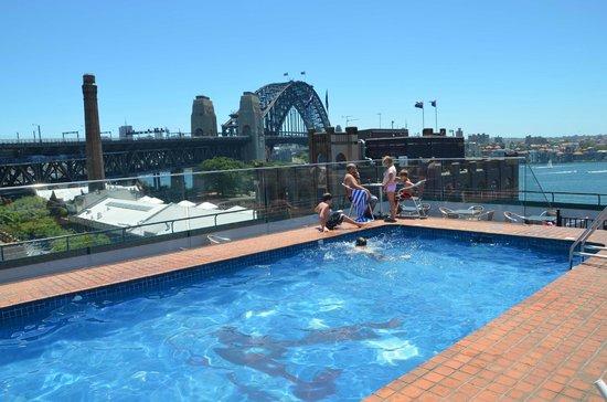 Holiday Inn Old Sydney: Utsikt från poolen