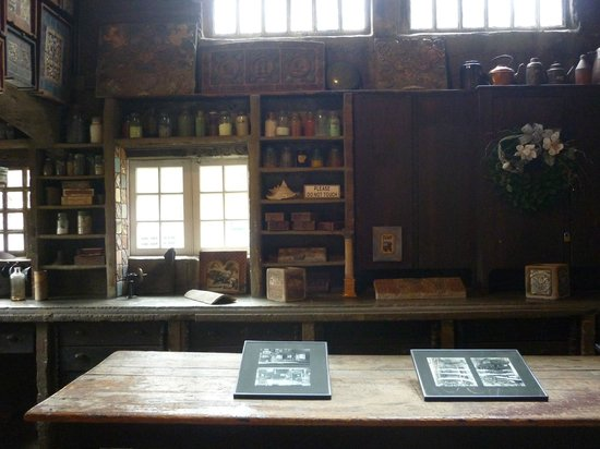 Moravian Pottery and Tile Works : Moravian Tile and Pottery Works Interior
