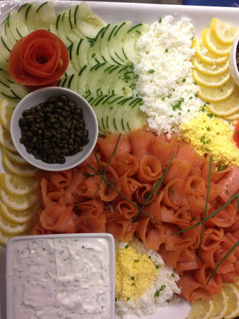 The Refectory Cafe : smoked salmon platter