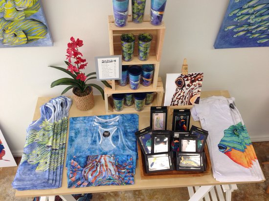 Michelle Nicole Lowe Art Gallery: Michelle has some awesome products with her artwork on them- great gifts and souvenirs.