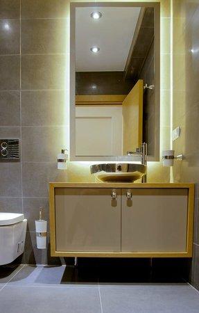 Cozy Flats : executive sea view bathroom