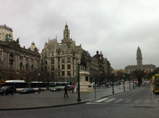 Avenida dos Aliados : Libertade y Aliados, centro neurálgico