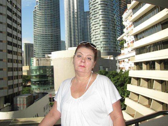 Corus Hotel Kuala Lumpur: Вид с нашего балкона