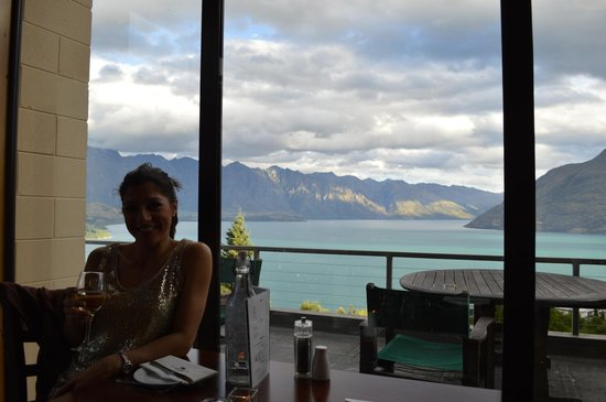 Tanoa Aspen Hotel Queenstown: View During New Year's Eve Dinner @ Tanoa Restaurant