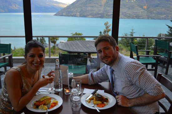 Tanoa Aspen Hotel Queenstown: Looking Out Over Lake Wakatipu on New Year's Eve