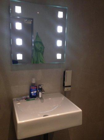 Hotel Cordial: bagno