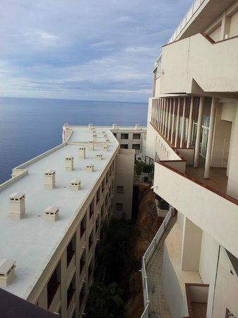 ClubHotel Riu Vistamar: Hotellet var byggt i olika nivåer.