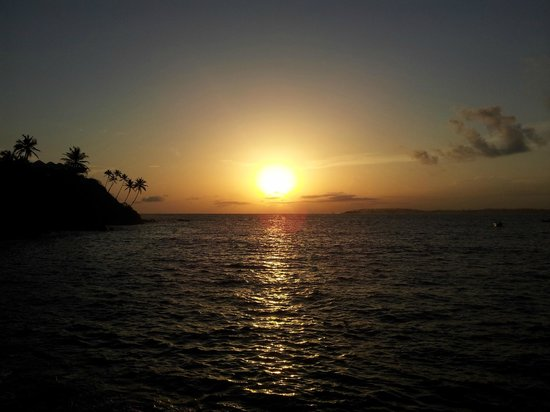Bon Accord Guest House: Mirissa harbour at sunset
