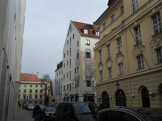 Platzl Hotel : Hotel Exterior