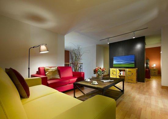 Castro Exclusive Residences Sant Pau : Duplex Industrial Chic