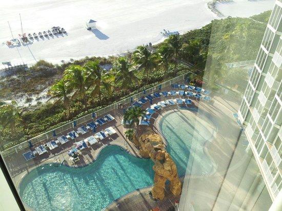 Pink Shell Beach Resort & Marina: 9th floor