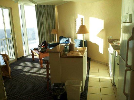 Pink Shell Beach Resort & Marina: 1 bdrm, white sands, 9th flr