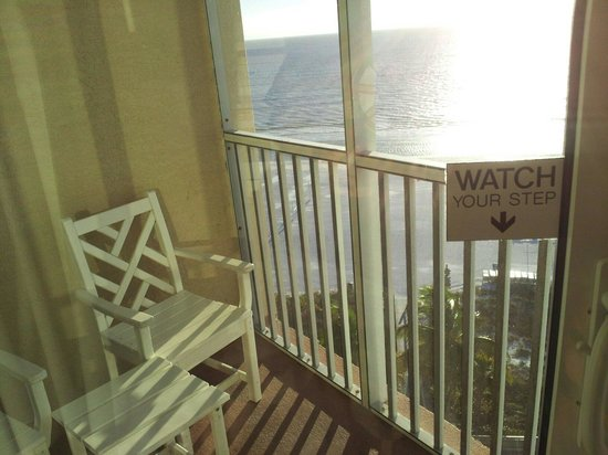 Pink Shell Beach Resort & Marina: 1bdrm, 9th flr, white sands
