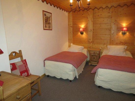 Hotel Les Glaciers : chambre