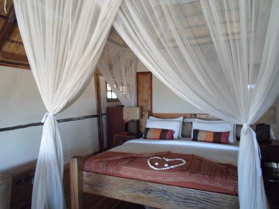 Saadani Safari Lodge: bedroom