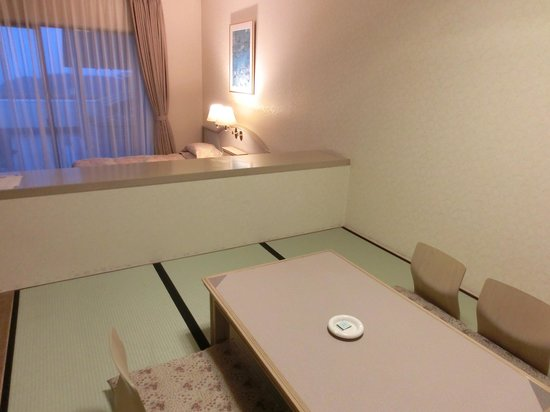 Hotel Altia Toba: 和室