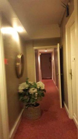 Hotel Brueghel: 1st floor
