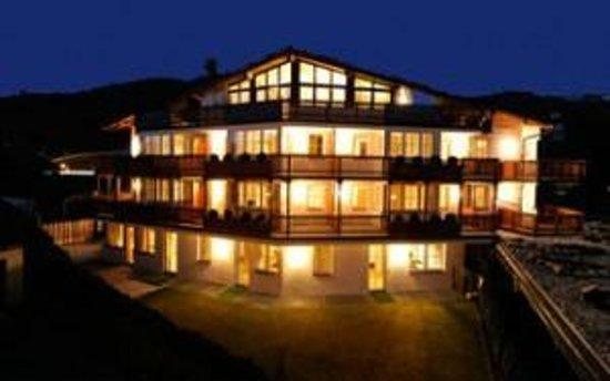 Familienpension Am Schloss Kitzb 252 Hel 214 Sterrike