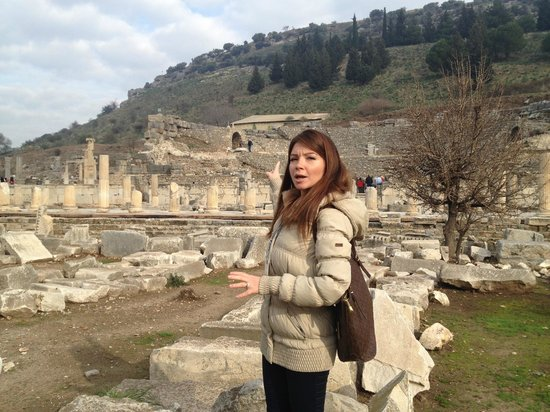 Best of Ephesus Tours: Our guide, Zeynup, at the ancient city of Ephesus