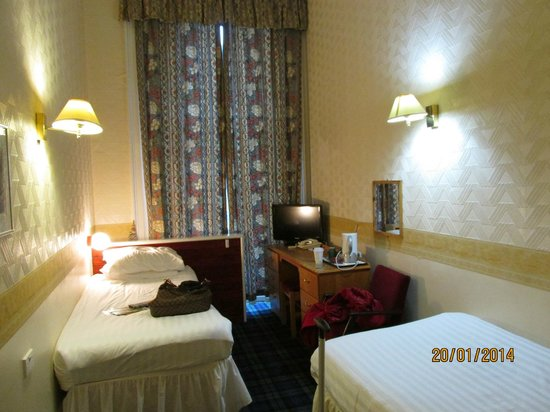 Cairn Hotel Edinburgh: Twin Room