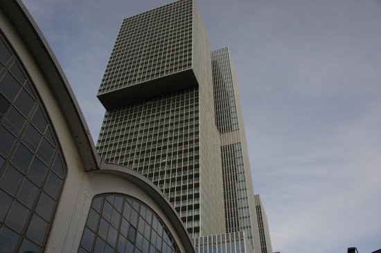 Wilhelminapier: De Rotterdam building, designed by OMA Architects