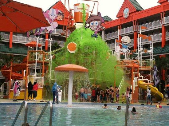Nickelodeon Suites Resort: Slime Time at Nickelodeon Hotel