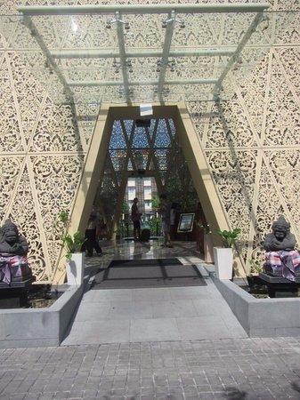 Ananta Legian Hotel : Hotel Lobby