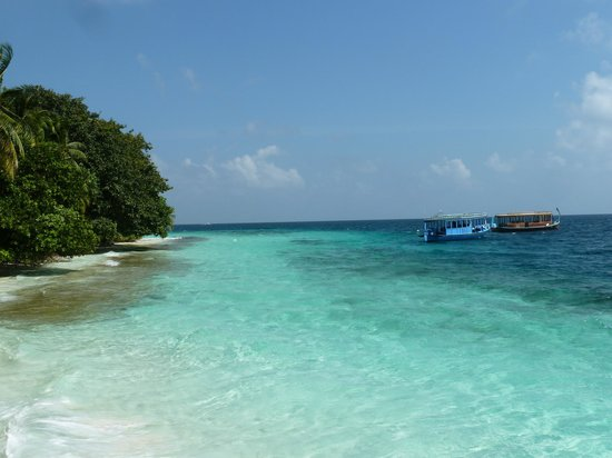 Fihalhohi Island Resort: Near the jetty