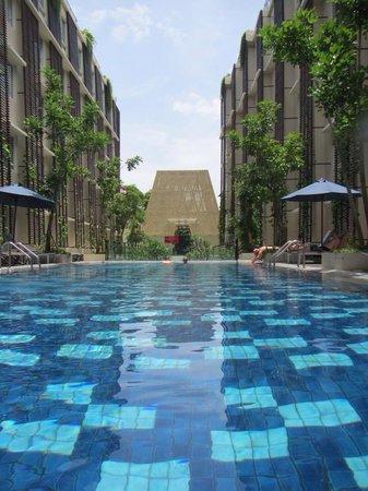 Ananta Legian Hotel : Pool