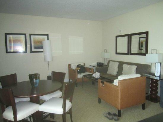 Residence Inn Fort Lauderdale Intracoastal/Il Lugano: Suites livingroom