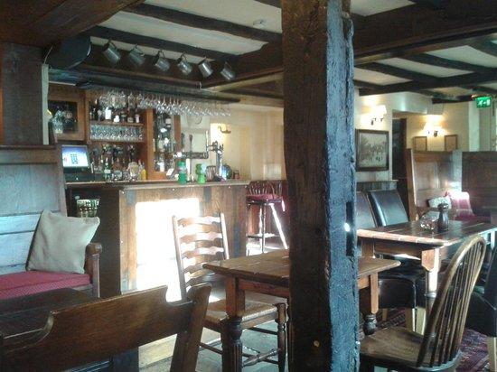 The Unicorn Hotel: bar area