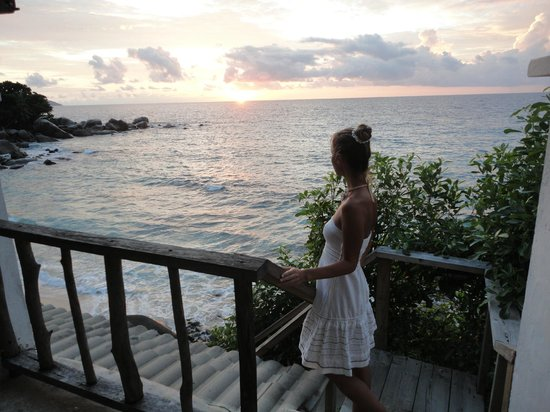 Bliss Hotel Seychelles : Sunset from lounge terrace