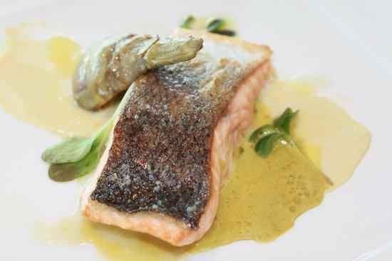 Euromast Tower: Brasserie salmon