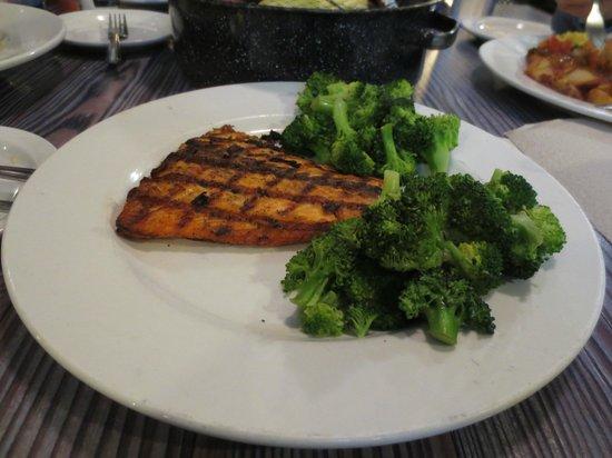 Joe's Crab Shack : salmon steak