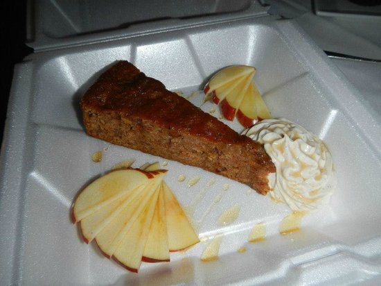 Friend's Lake Inn: Cider cake