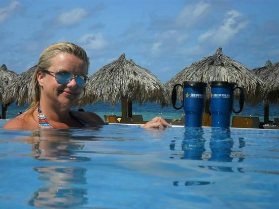 Iberostar Grand Rose Hall : at the pool