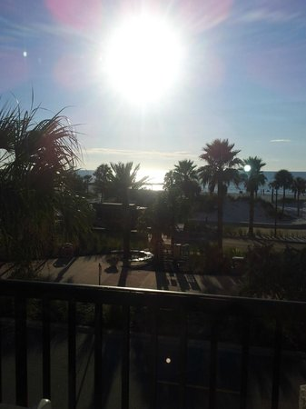 Seaside Inn & Suites Clearwater Beach: Great view from our room 2