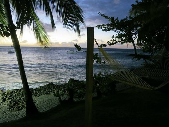 BodyHoliday Saint Lucia : Hammock on the ocean