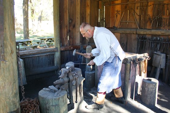 Mission San Luis de Apalachee: The village with its inhabitants is selfsupporting