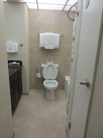 Aston Kaanapali Shores: bathroom rules ok