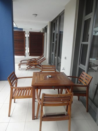 Lawhill Luxury Apartments : Patio