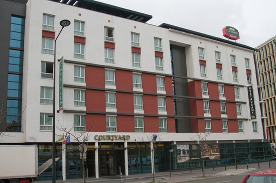 Courtyard by Marriott Paris Saint Denis: Courtyard Paris Saint Denis
