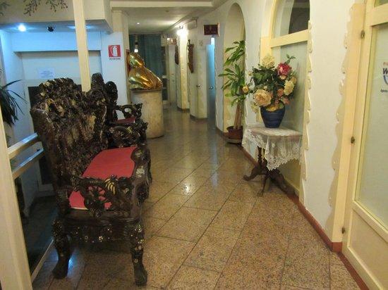 Hotel Oriente Vico Equense: Фойе отеля