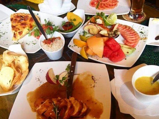 El Indio Feliz Restaurant Bistro: ランチ