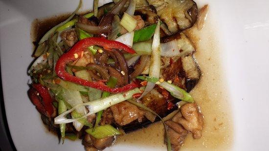 Tai-San: Eigenkreation vom Chefkoch mit Auberginen war sooo lecker ;)